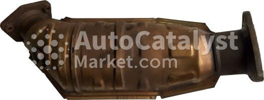 8D0131702HN — Фото № 4 | AutoCatalyst Market